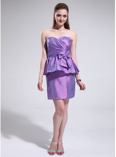 Sheath Sweetheart Short/Mini Taffeta Cocktail Dress With Ruffle (016025380)