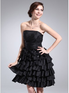 A-Line/Princess Strapless Knee-Length Taffeta Homecoming Dress With Ruffle Beading Flower(s) (022011361)