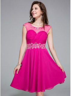 A-Line/Princess Scoop Neck Knee-Length Chiffon Tulle Homecoming Dress With Ruffle Beading Sequins