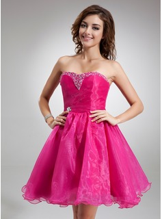 A-Line/Princess Sweetheart Knee-Length Organza Bridesmaid Dress With Beading Sequins (022020825)