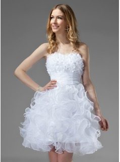 A-Line/Princess Sweetheart Knee-Length Organza Homecoming Dress With Beading Flower(s) Cascading Ruffles