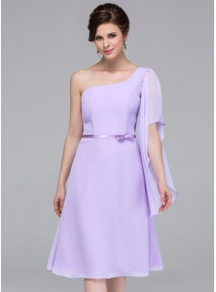 A-Line/Princess One-Shoulder Knee-Length Chiffon Charmeuse Bridesmaid Dress