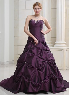 Ball-Gown Sweetheart Chapel Train Taffeta Wedding Dress With Ruffle Beadwork (002000503)