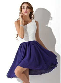 A-Line/Princess One-Shoulder Knee-Length Chiffon Homecoming Dress With Ruffle