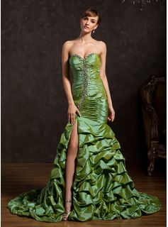 Mermaid Sweetheart Court Train Taffeta Prom Dress With Ruffle Beading