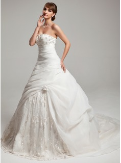 Ball-Gown Sweetheart Court Train Organza Charmeuse Wedding Dress With Ruffle Lace Beadwork Flower(s) (002017546)
