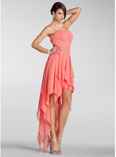 A-Lijn/Prinses Strapless A-Symmetrisch Chiffon Vakantie Jurken met Roes Kraal (020005298)