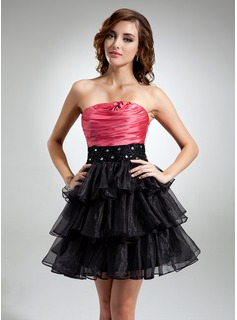 A-Line/Princess Strapless Short/Mini Organza Satin Cocktail Dress With Ruffle Beading (016016369)