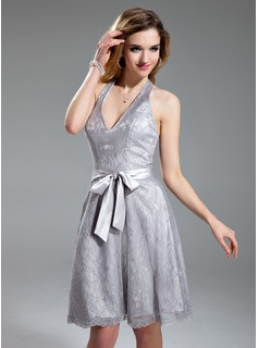 A-Line/Princess Halter Knee-Length Charmeuse Lace Homecoming Dress (022019596)
