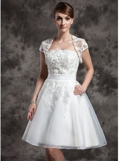 A-Line/Princess Strapless Knee-Length Organza Wedding Dress With Lace