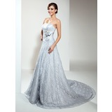 A-Line/Princess Strapless Chapel Train Lace Wedding Dress With Beading