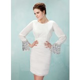 Sheath Scoop Neck Knee-Length Chiffon Homecoming Dress With Ruffle Beading (022009562)