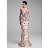 Sheath/Column V-neck Sweep Train Chiffon Prom Dress With Beading