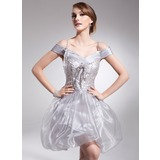 A-Line/Princess Off-the-Shoulder Short/Mini Organza Charmeuse Homecoming Dress With Ruffle Beading Sequins (022008945)