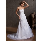 A-Line/Princess Sweetheart Court Train Organza Lace Wedding Dress With Beading