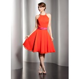 A-Line/Princess Scoop Neck Knee-Length Chiffon Homecoming Dress With Sash