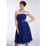 A-Line/Princess Strapless Knee-Length Chiffon Charmeuse Bridesmaid Dress With Ruffle (007026283)