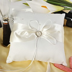 Eternity Wedding Ring Pillow In Ivory Satin With Faux Pearl(103018242)