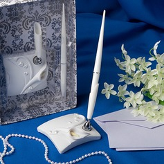 Calla Lily Wedding Pen Set In White Resin (101020370)