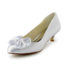 Satin Kitten Heel Closed Toe Pumps Wedding Shoes With Bowknot (047024519)