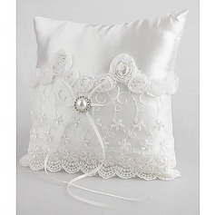 Lovely Wedding Ring Pillow In White Satin With Pear And Laces (103018231)