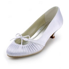 Satin Low Heel Closed Toe Pumps Wedding Shoes With Bowknot (047011827)