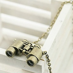 Exquisite Alloy Women's Fashion Necklace