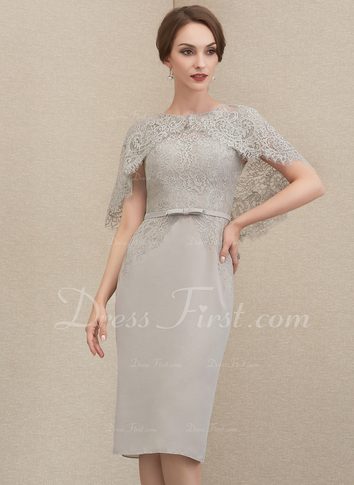 Sheath/Column Scoop Neck Knee-Length Chiffon Lace Mother of the Bride Dress With Bow(s)