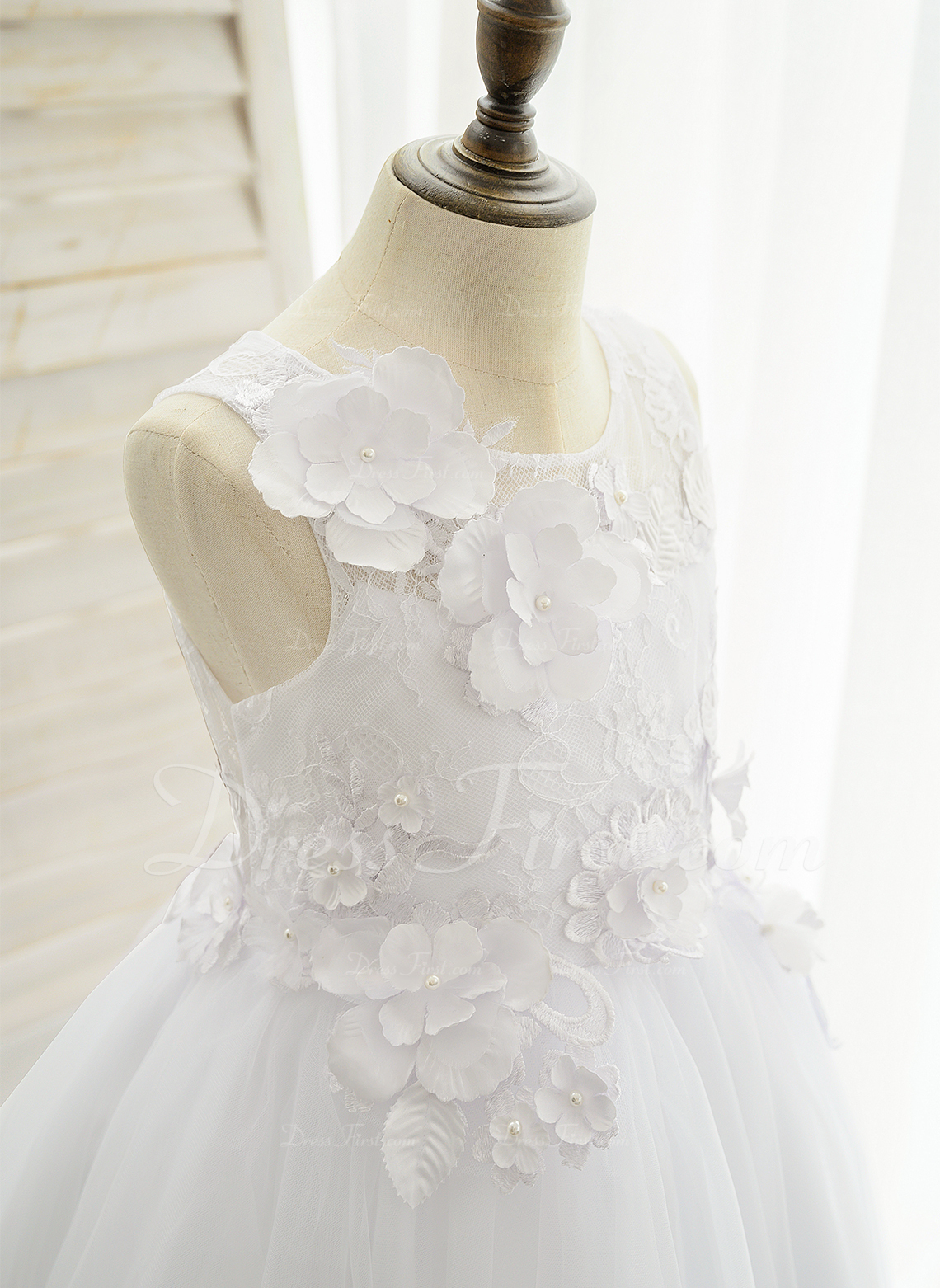 Ball-Gown/Princess Floor-length Flower Girl Dress - Satin/Tulle/Lace Sleeveless Scoop Neck With Appliques