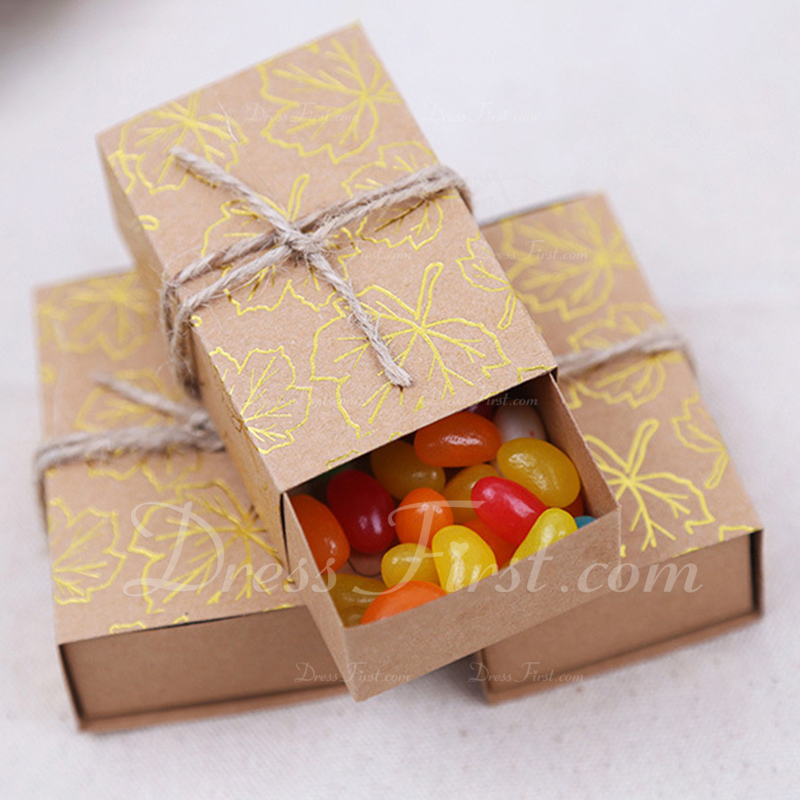Creative/Classic Cuboid Card Paper Favor Boxes & Containers (Set of 50)