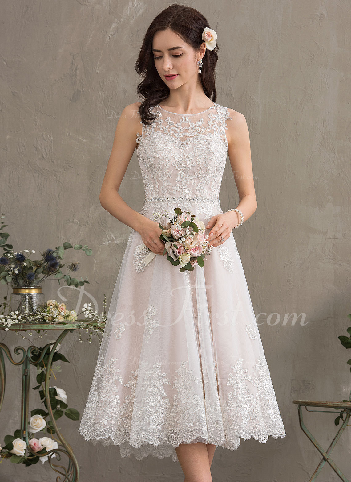 A-Line Scoop Neck Knee-Length Tulle Wedding Dress With Beading Sequins