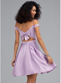 A-Line Off-the-Shoulder Short/Mini Satin Homecoming Dress With Bow(s) Pockets