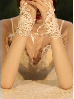Tulle/Lace Wrist Length Bridal Gloves With Imitation Pearls