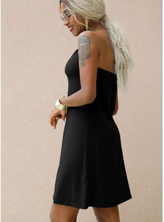Solid Shift Sleeveless Mini Little Black Casual Dresses