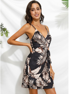 Floral Print Sheath Sleeveless Mini Sexy Type Wrap Dresses