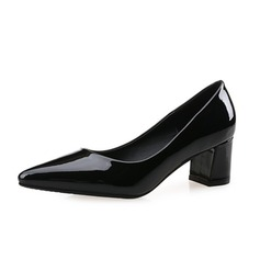 Vrouwen Patent Leather Chunky Heel Pumps Closed Toe schoenen (085074496)
