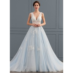 Ball-Gown V-neck Chapel Train Tulle Lace Wedding Dress