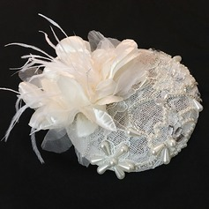 Elegante Tule Fascinators