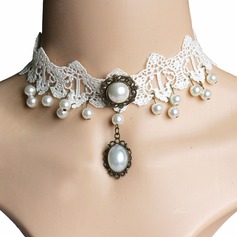 Gorgeous Imitation Pearls Lace With Imitation Pearl Ladies' Fashion Necklace