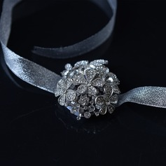 Lace/Strass Armbandblume (Sold in a single piece) -