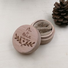 Simple/Chic Ring Box in Wood
