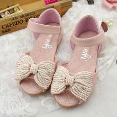 Flicka Peep Toe Microfiber läder platt Heel Sandaler Platta Skor / Fritidsskor Flower Girl Shoes med Bowknot Oäkta Pearl Kardborre