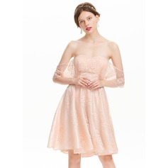 A-formet/Prinsesse Off-the-Shoulder Knelengde Blonder Ballkjole
