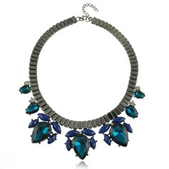 Exquisite Alloy Resin With Rhinestone Acrylic Women's Fashion Necklace