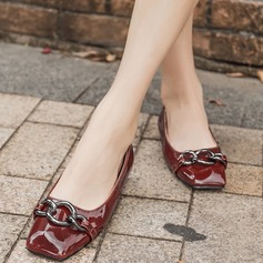 Women's Patent Leather Flat Heel Flats Closed Toe With Chain shoes