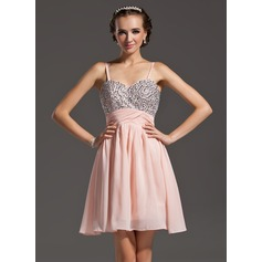 A-Line/Princess Sweetheart Short/Mini Chiffon Homecoming Dress With Beading (022020865)