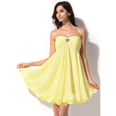 Empire Sweetheart Short/Mini Chiffon Homecoming Dress With Ruffle Beading