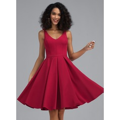 A-Line V-neck Knee-Length Stretch Crepe Homecoming Dress (022203158)