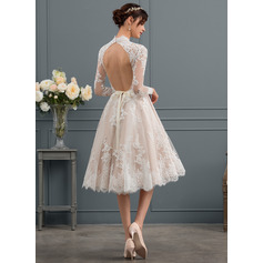 A-Line/Princess High Neck Knee-Length Lace Wedding Dress
