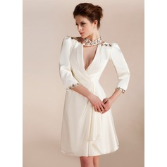 A-Line/Princess Halter Knee-Length Satin Chiffon Cocktail Dress With Ruffle Beading